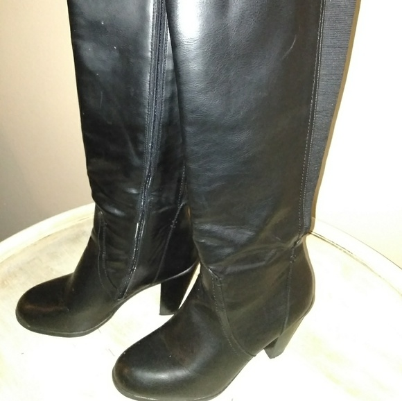 38189bd8270 Kenneth Cole tall boots 👢